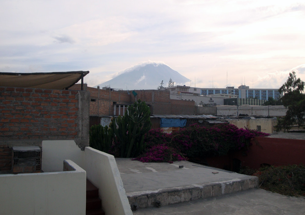 Image of Arequipa volcano.
