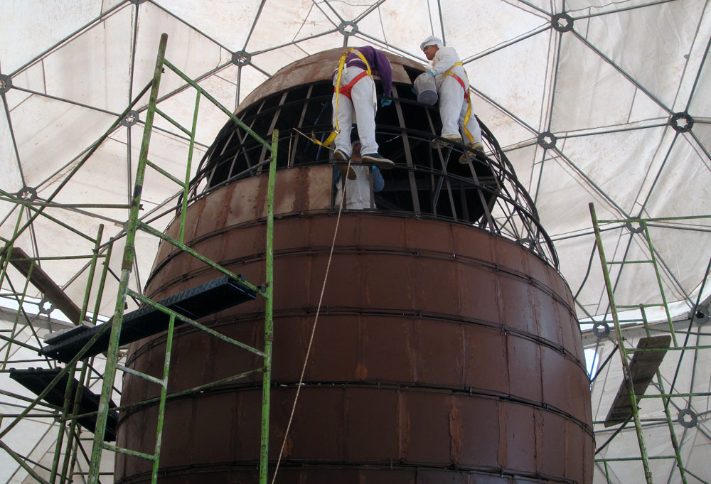 Image of The world's largest chocolate Easter Egg under construction.