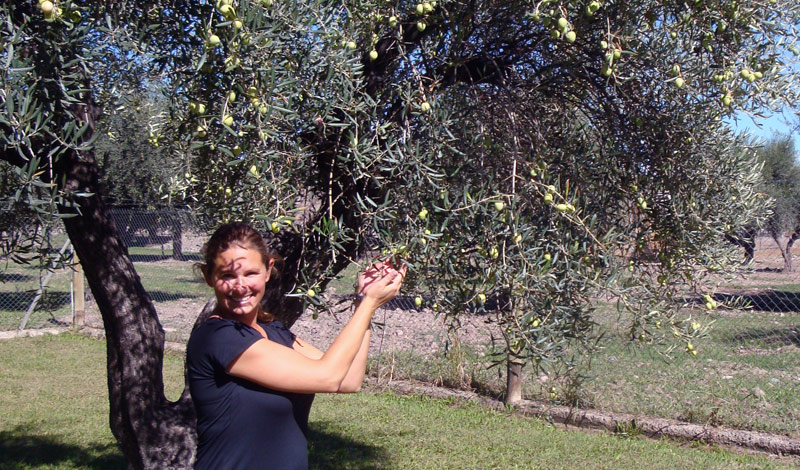 Image of Julie and olives.