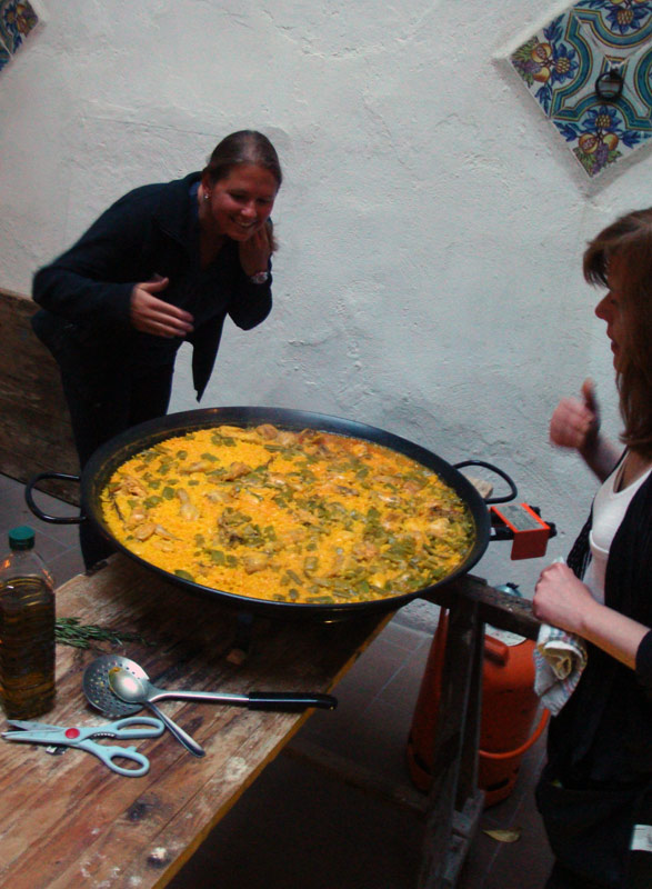 Image of hostel paella