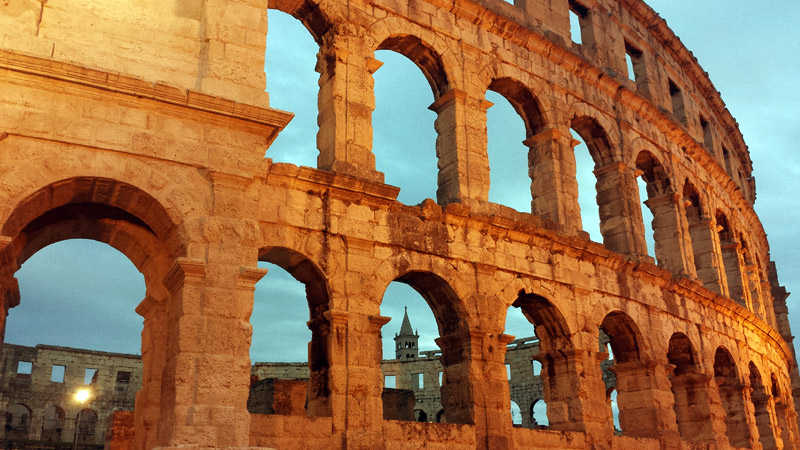 Image of Roman arena in Pula