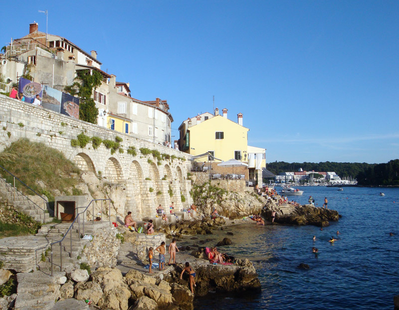 Image of swimming in Rovinj