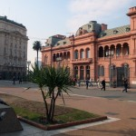Approve blog comments across the street from Casa Rosada in Buenos Aires.