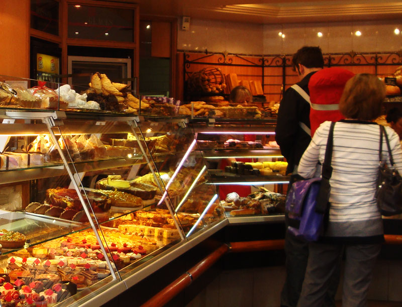 Image of Ordering French Pastries